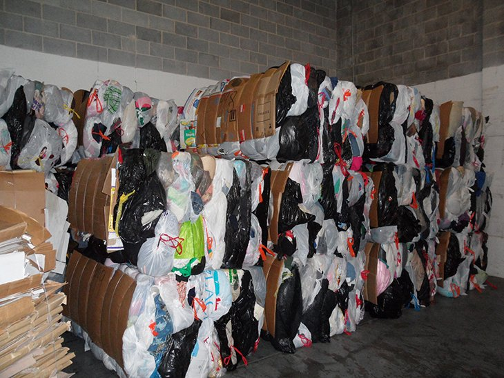 Smart On The Decreased Demand For Used Clothing Bank Amp Vogue