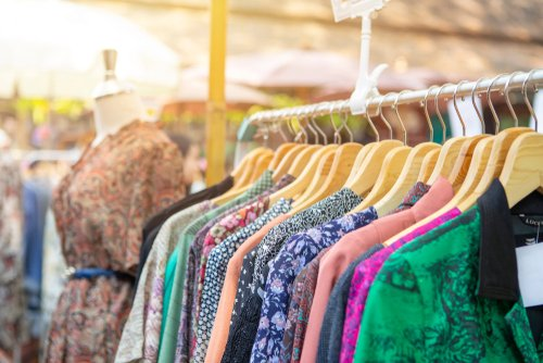 vintage clothing retail